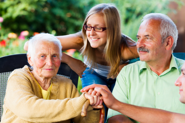 How Visiting Your Aging Parents Keep Them Healthy